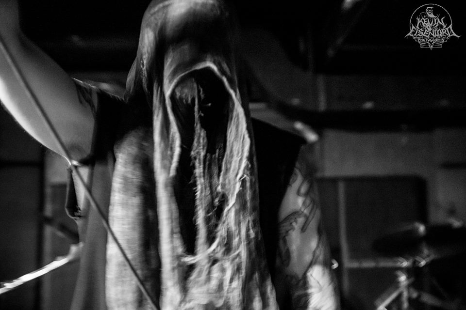 KAFIRUN BAND Luzifaust live images veiled ghost
